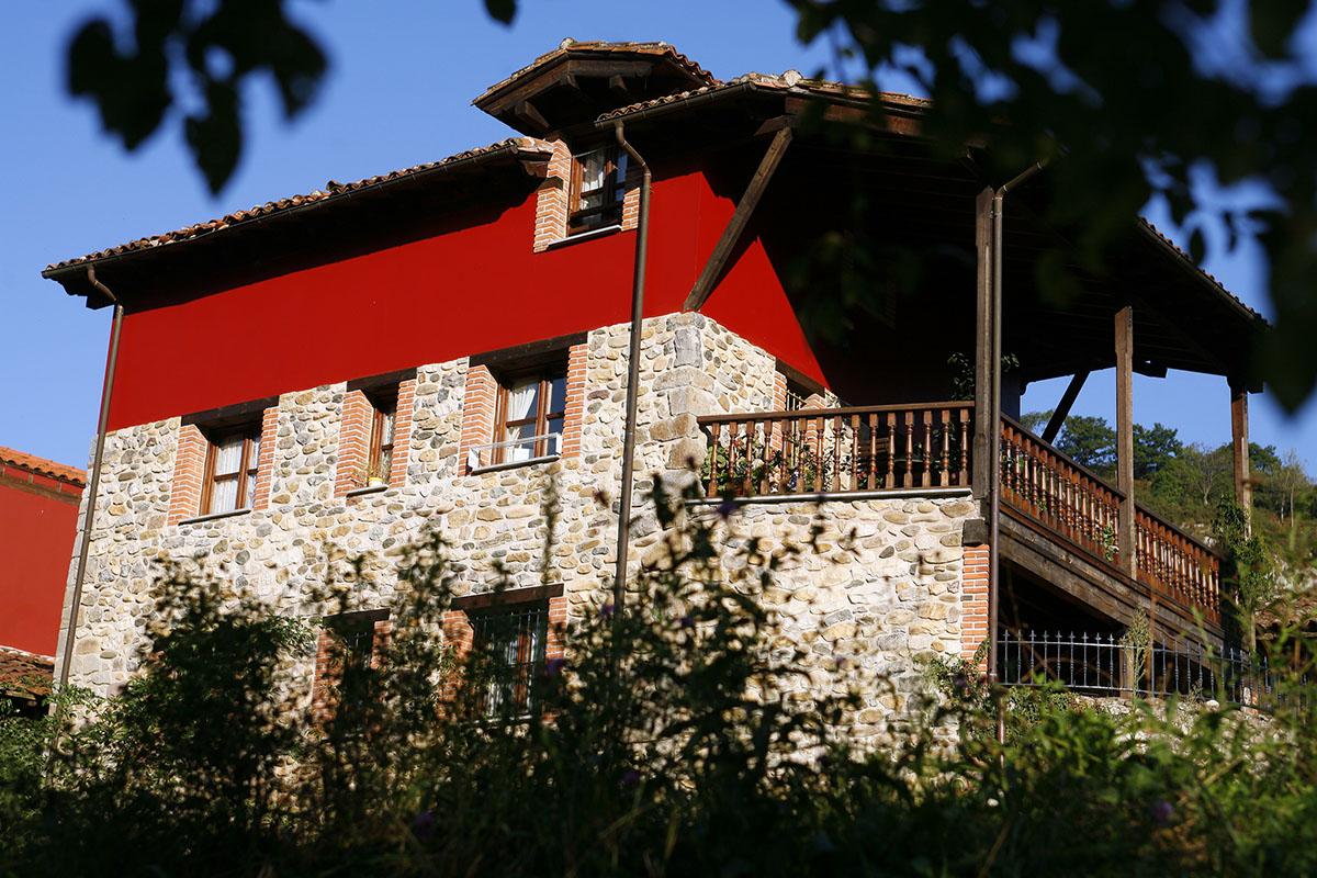 fachada apartamentos rurales