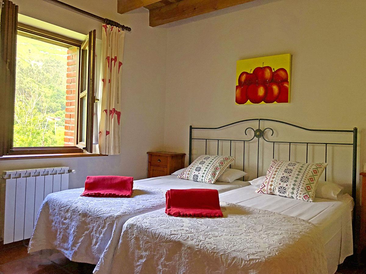 apartamento-habitación-doble-camas-individuales