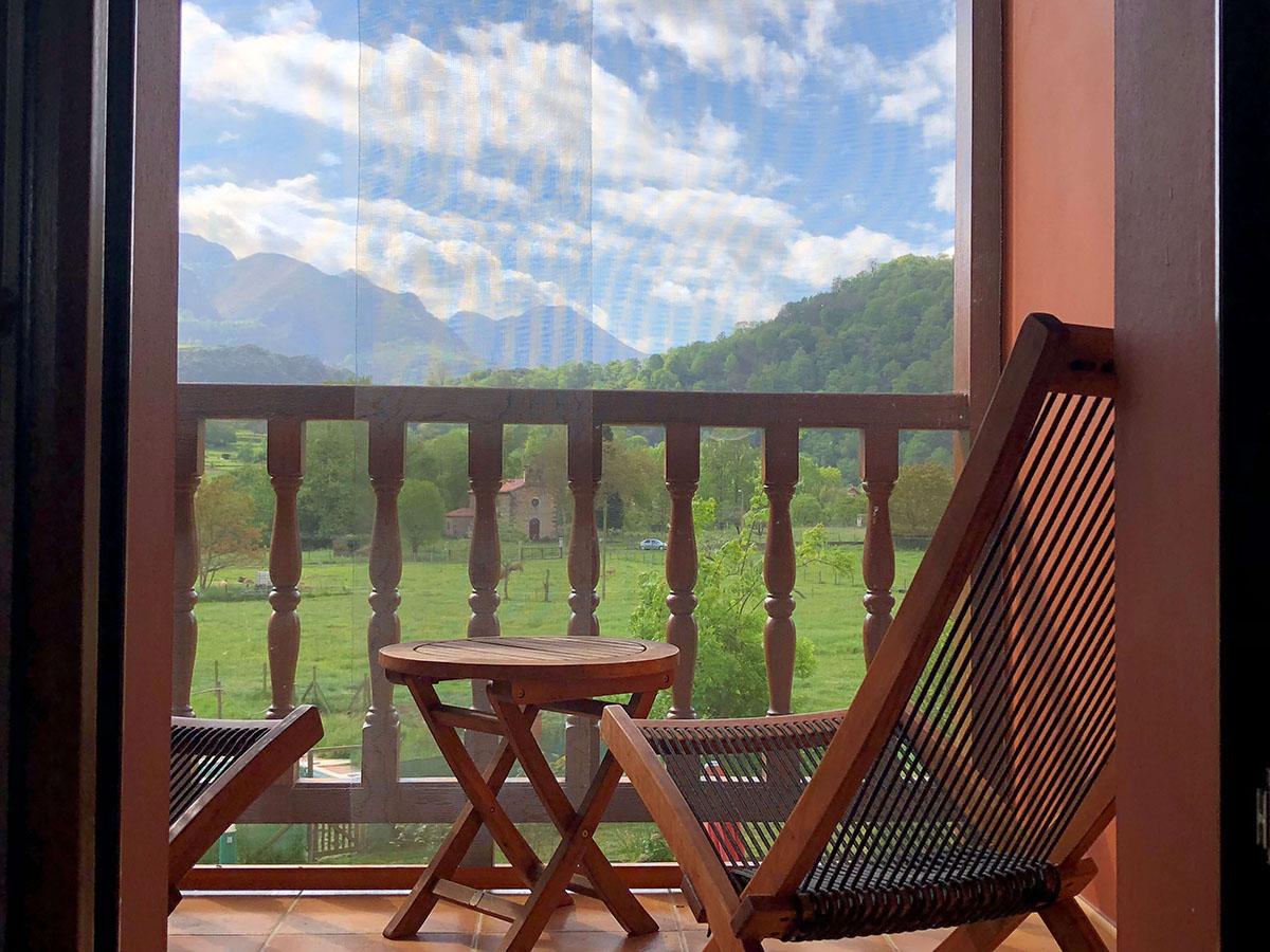 habitacion-doble-terraza-cama-matrimonio