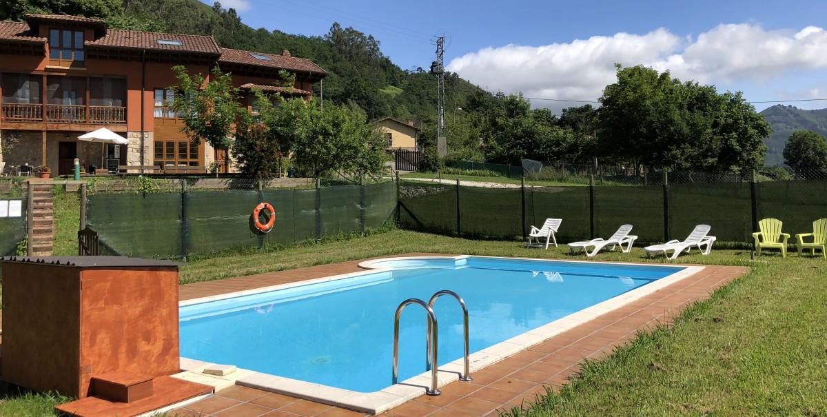 hotel con piscina cangas de onis