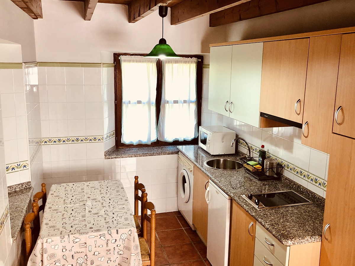 cocina apartamento cangas de onis